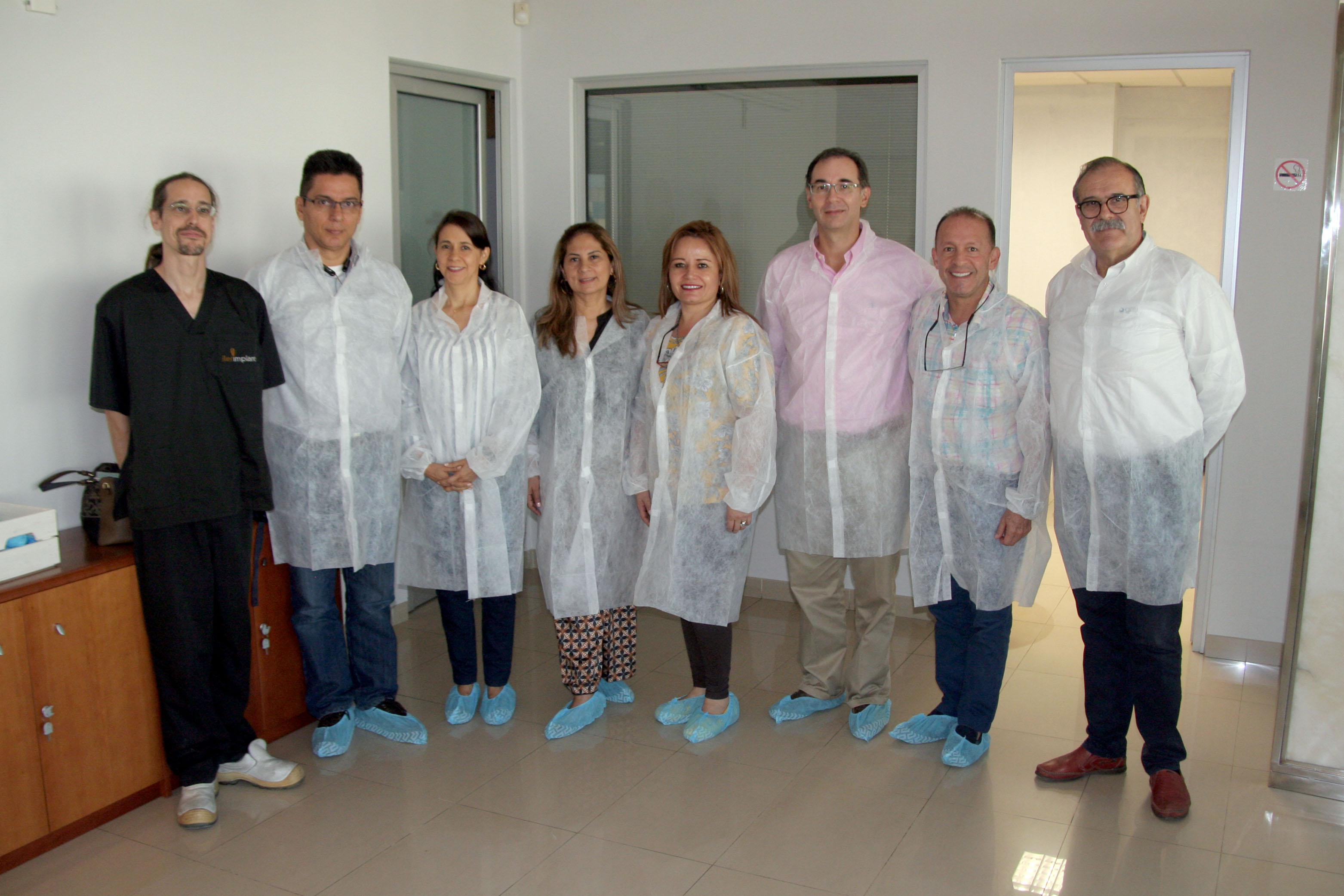 Doctors from Colombia at Ilerimplant